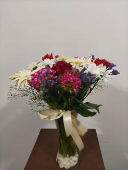 Camda Mevsim Çiçekleri